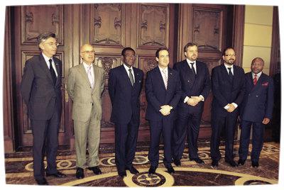 España y el Gobierno de Guinea festejan sus lazos imperecederos en el Congreso de los Diputados (febrero de 2011).